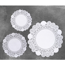 Set of lace napkins 15 pcs